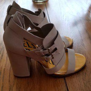 Kelsi Dagger Tan block heel size 7 shoes